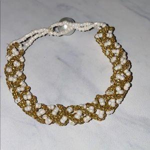 White & Gold Handbeaded Bracelet 🌸
